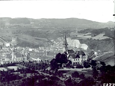 Historical view on the Větruše and city center